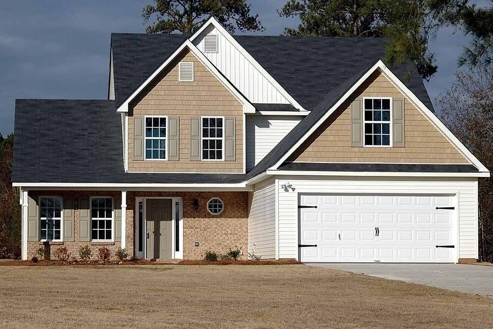 現在生活中大部分的人都是有自己房屋土地的,當然這些房屋土地大部分也都是以房貸的形式進行購置。但是如果在生活中需要資金週轉,這種突如其來的資金需求可能會讓很多人束手無策,這個時候就會有人想到二胎貸款。然而,已經貸款的房屋是否能夠進行二胎貸款呢?這個問題一定是很多人都比較關注的,在進行二胎貸款之前,也一定要了解二胎貸款的…