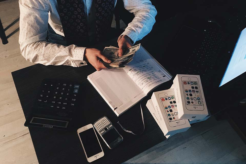 急需用錢怎麼辦?急用錢去哪借才能最快拿到資金?